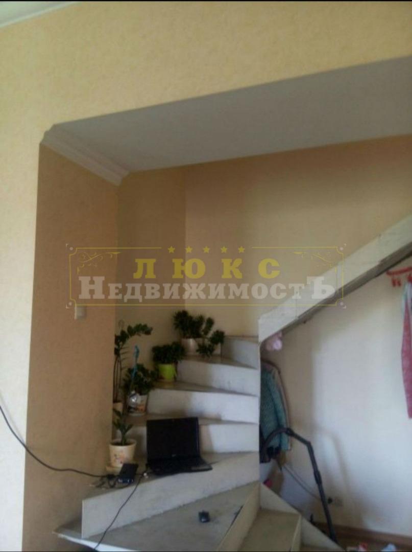 продажа трехкомнатной квартиры номер A-126753 в Приморском районе, фото номер 8